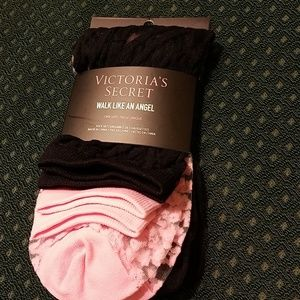 Victoria Secret NWT 2 pack of sheer designer socks